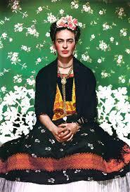 portrait de frida kahlo pris par Nickolas Muray, en 19339 à New York. Il fut réutiliser 60 ans plus tard pour la couverture de vogue Mexico